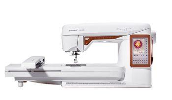 Husqvarna Viking - Designer Topaz 40 - Electronic Embroidery Machine