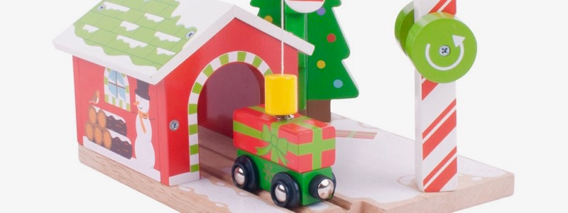 Wooden Railways Christmas Candy House