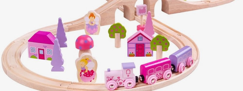 Wooden Railways Fairy Figure of Eight Train Set