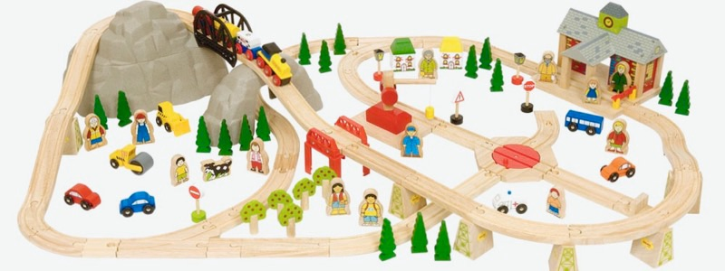 Wooden Railways Mountain Railway Set