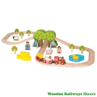 Bigjigs Wooden Railway Farm Train Set