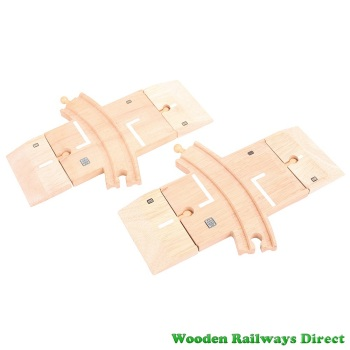 Bigjigs Wooden Railway Curved Road and Rail Level Crossing