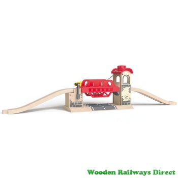 Hape Wooden Railway Lifting Bridge