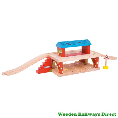 Bigjigs Wooden Railway Road and Rail Overground Station