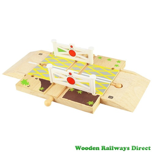 Bigjigs Wooden Railway Road Level Crossing