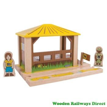 Bigjigs Wooden Railway Safari Outpost