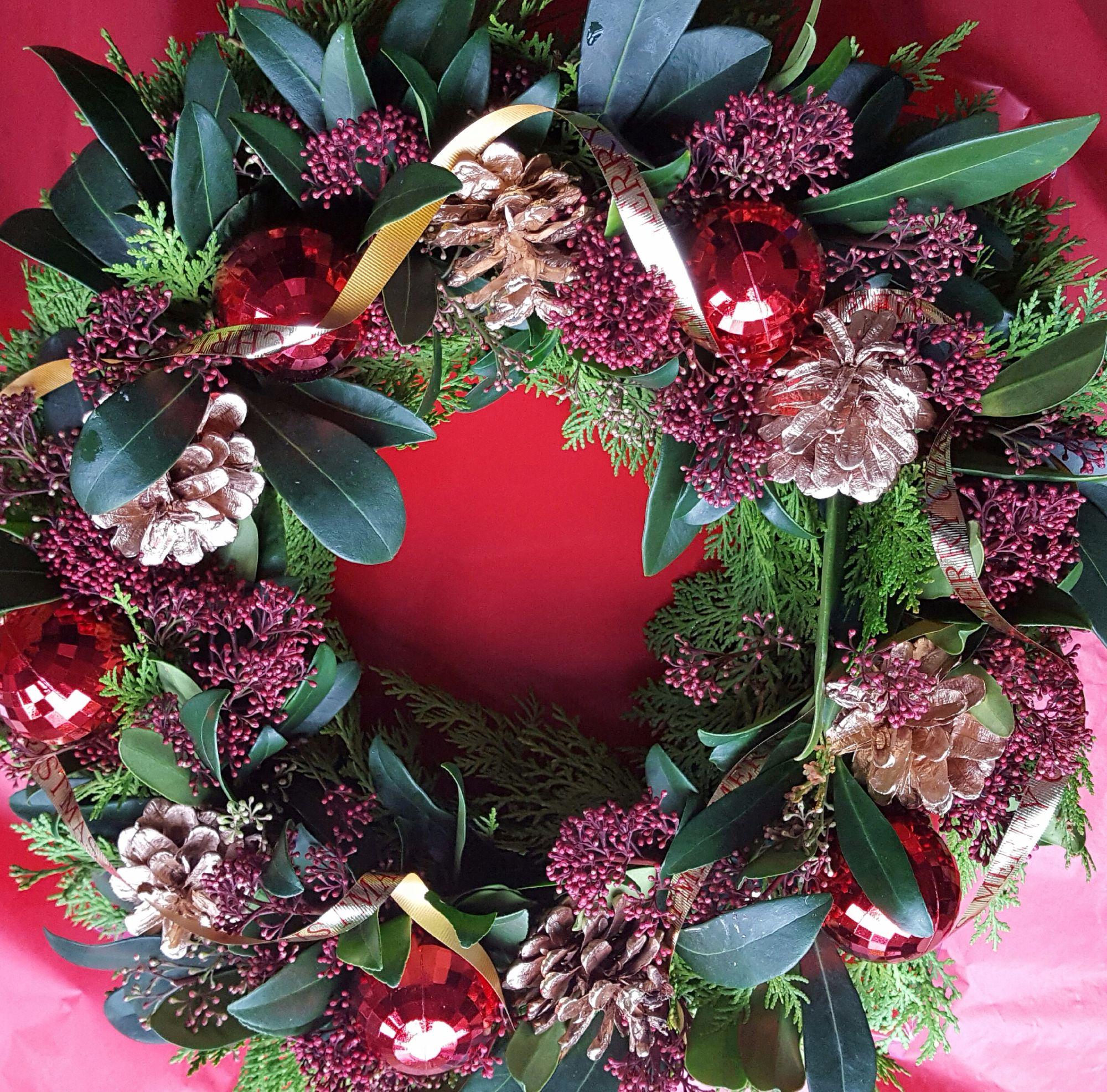 Skimmia christmas wreath, table centerpiece