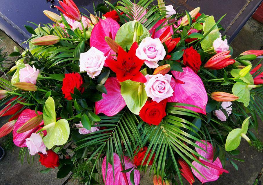 Roses, Alstroemeria,  and Lisianthus