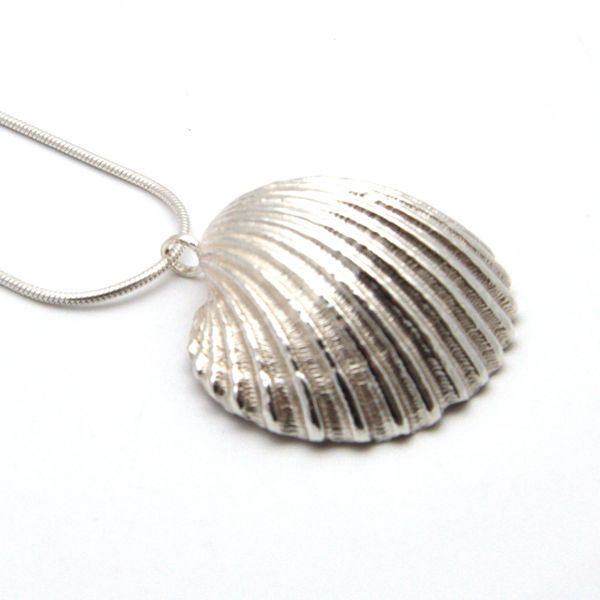 2x2 sterling silver cockle shell snake chain (2) 4x4