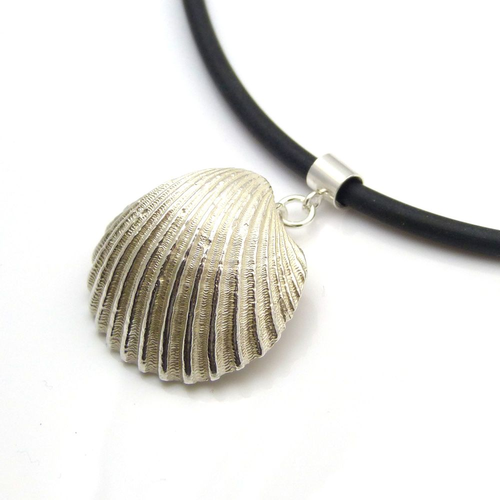 Sterling Silver Cast Cockle Shell Pendant Necklace, Sterling Silver Seashel