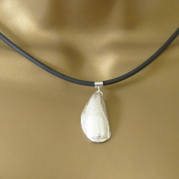 Sterling Silver Cast Mussel Shell Pendant Necklace