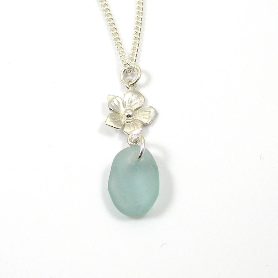flower sea glass necklace (2) copy