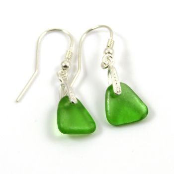 Emerald Green Sea Glass Sterling Silver Drop Earrings e46