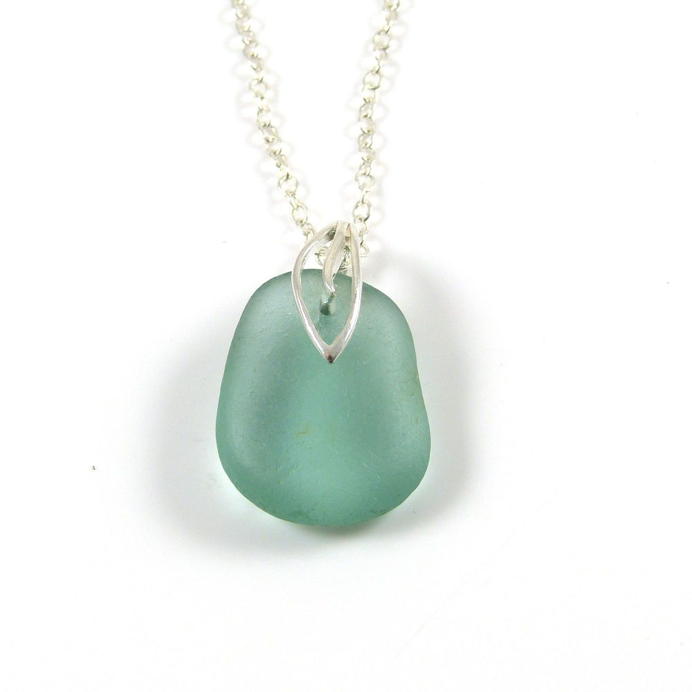 Julep Sea Glass Necklace - JAYNE
