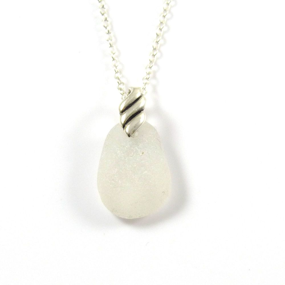 Snow White Sea Glass Necklace BERNEEN