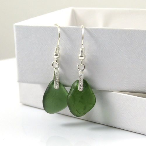 Hunter Green Sea Glass Drop Earrings e70