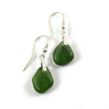 Hunter Green Sea Glass Drop Earrings e100