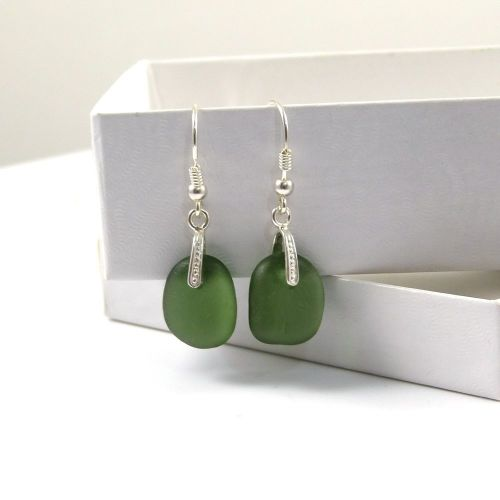 Hunter Green Sea Glass Drop Earrings e73