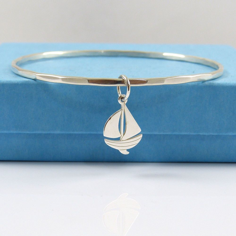 Sterling Silver Hammered Bangle with Boat Charm