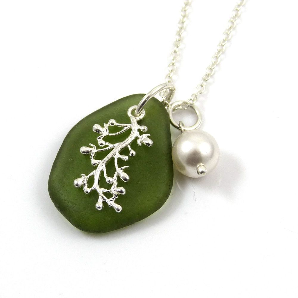 Hunter Green Sea Glass and Silver Coral Charm Necklace MIA