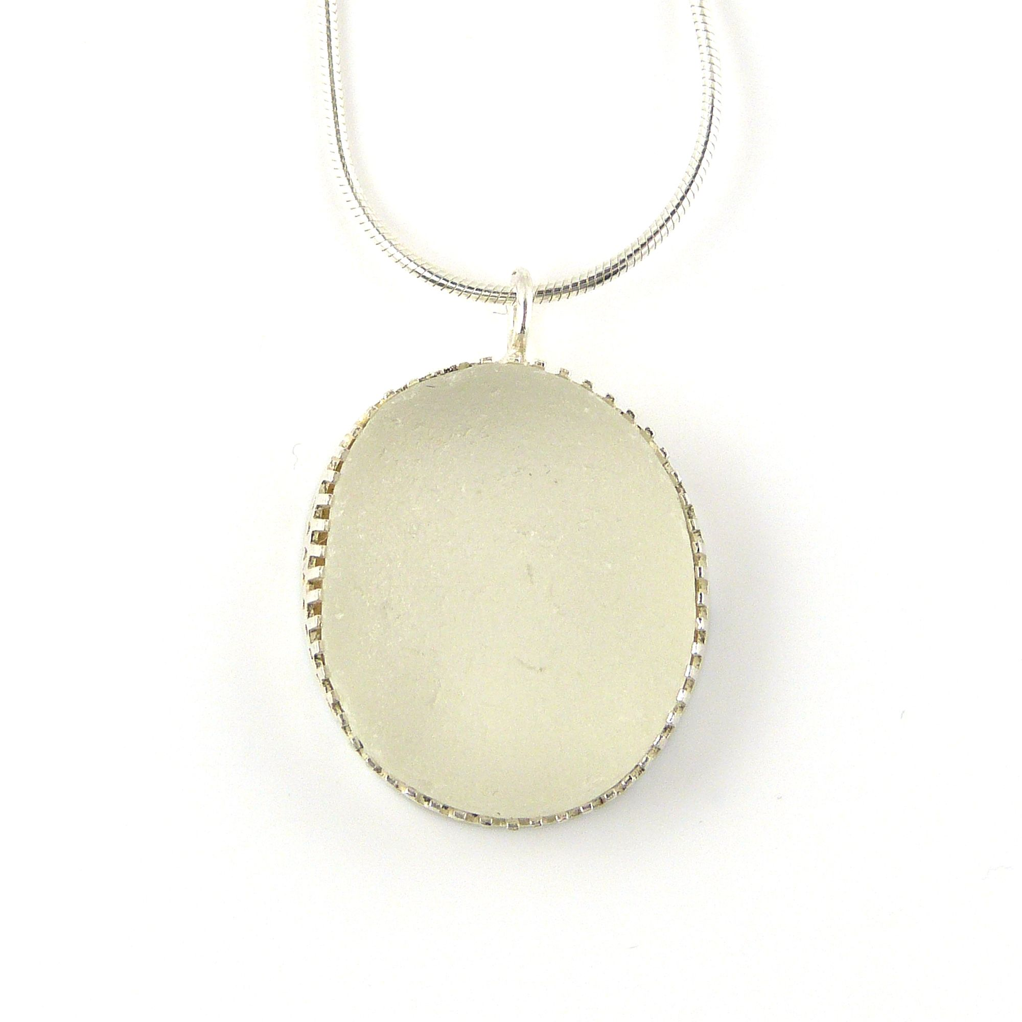snow white bezel set necklace