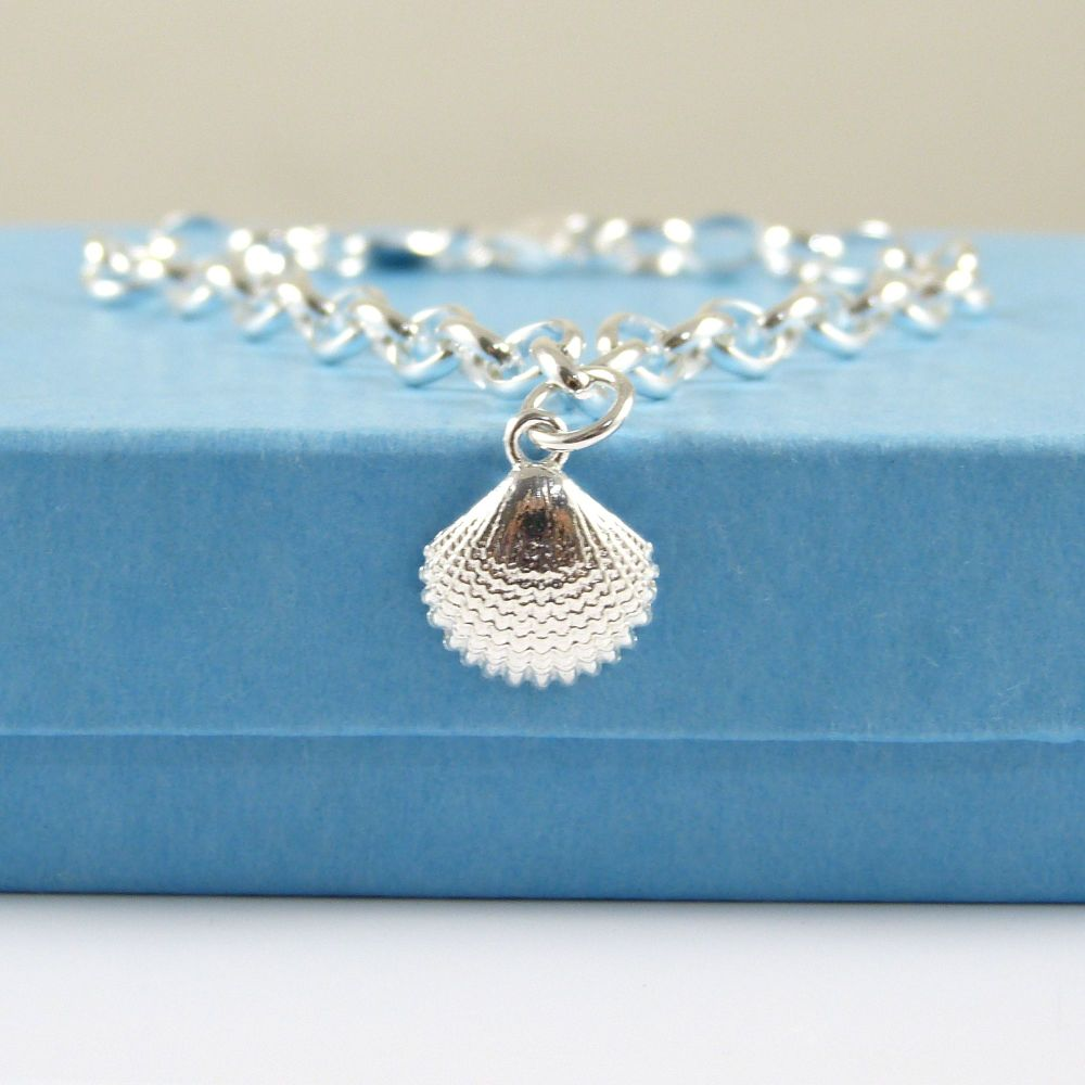 Delicate Sterling Silver Bracelet with Silver Cockle Shell Charm