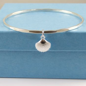 Sterling Silver Hammered Bangle with Tiny Scallop Shell Charm