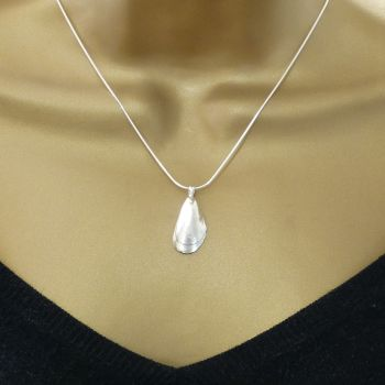 Sterling Silver Mussel Shell Pendant Necklace - Small Mussel Shell