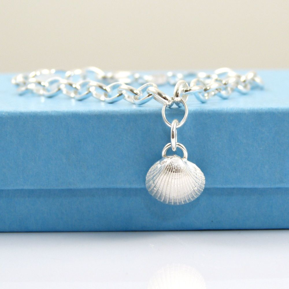 Delicate Sterling Silver Bracelet  with Tiny Cockle Shell Charm, 4mm links