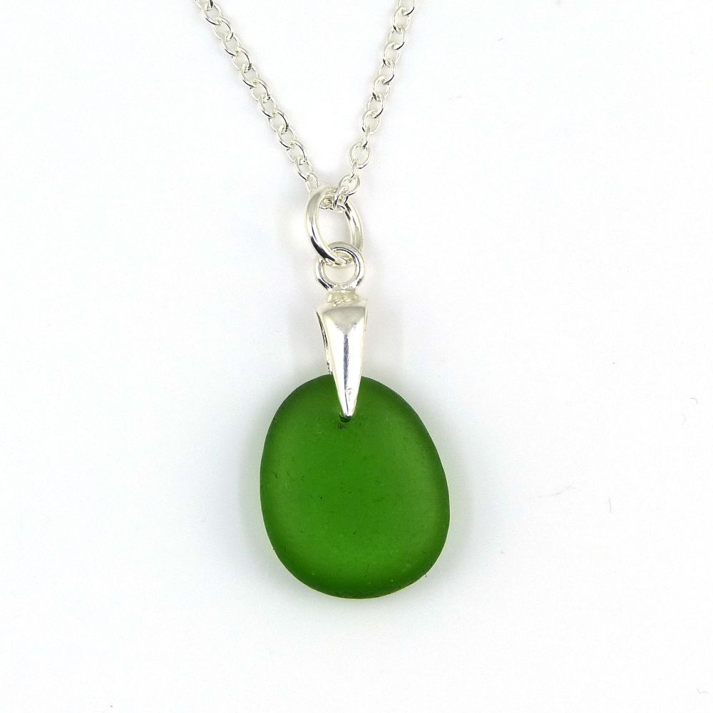 Kelly Green Sea Glass Necklace EVA