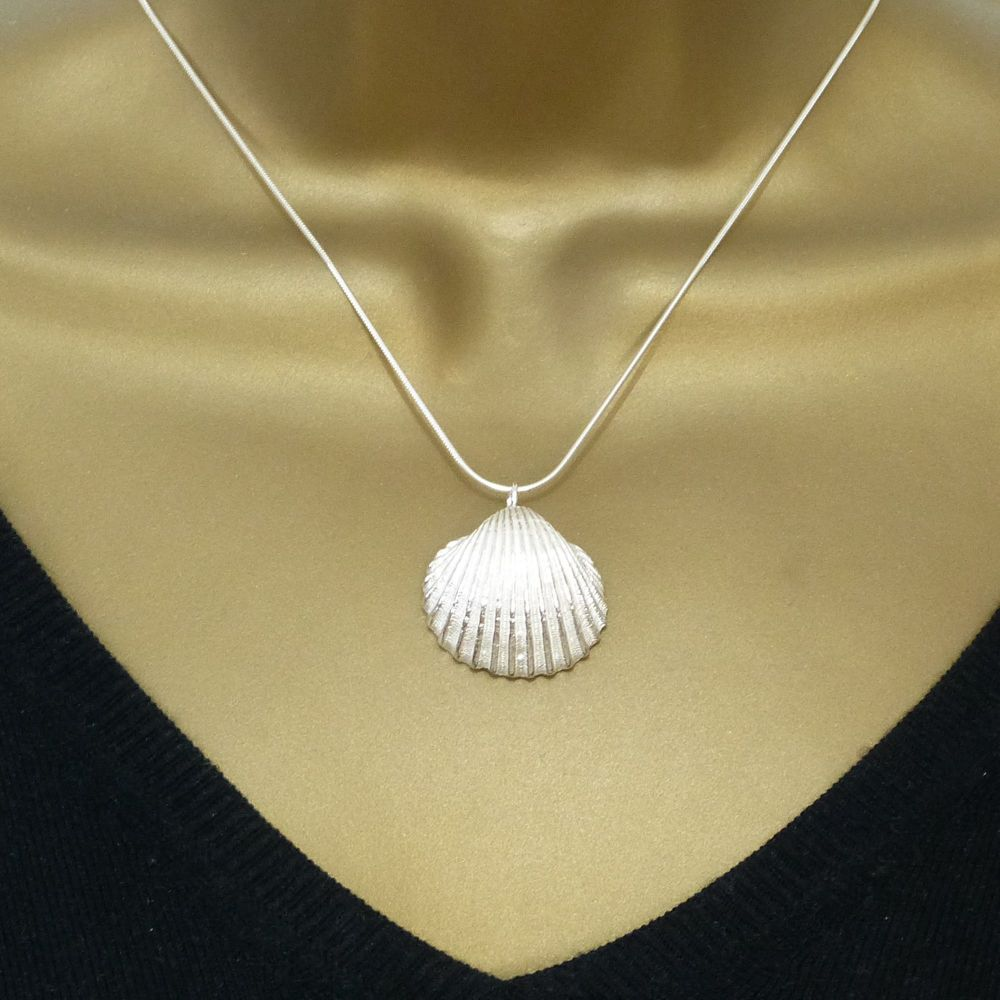 Sterling Silver Cockle Shell Pendant Necklace - Large Cockle Shell