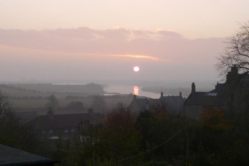 sunrise over amble marina