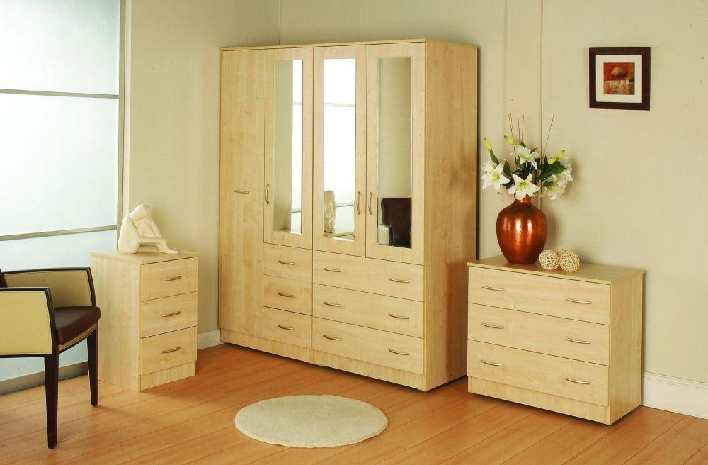 Milan Maple Room