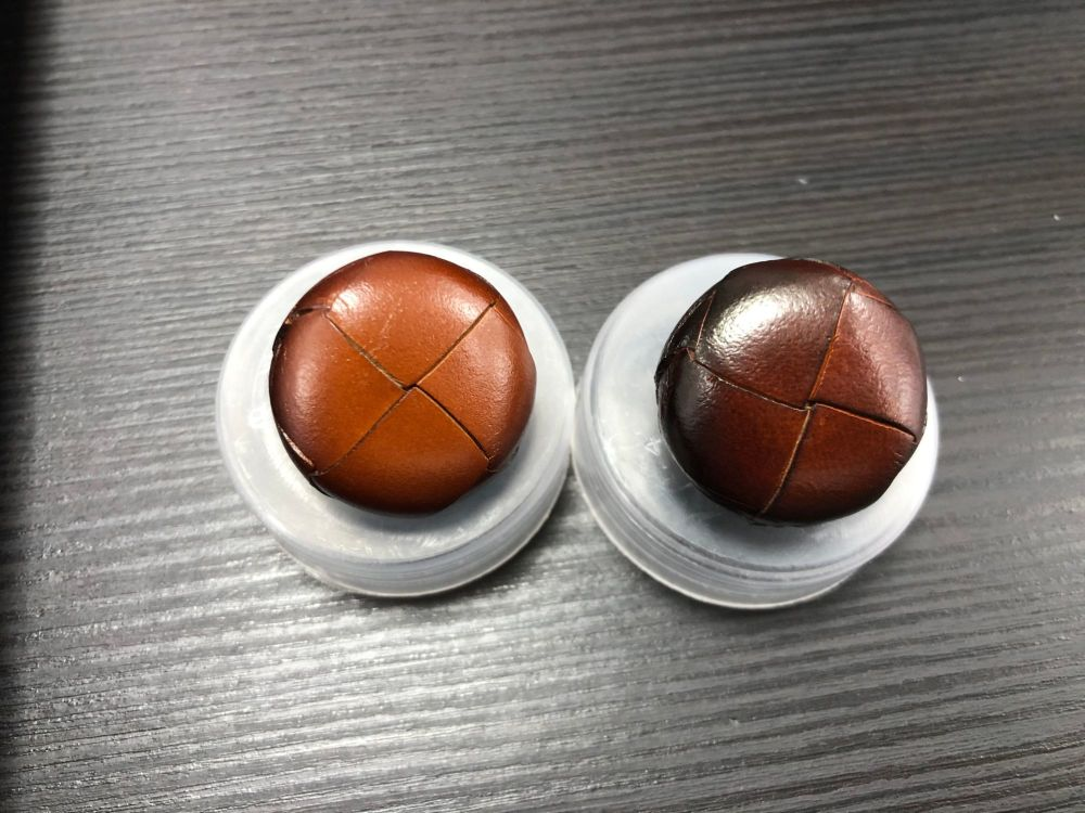 Traditional Leather Button Size 40 25mm