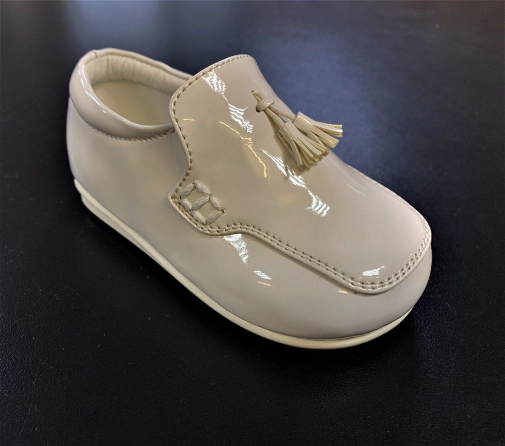 Early Steps Loafers in White