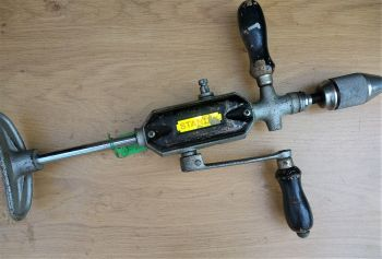 Hand drill - Stanley