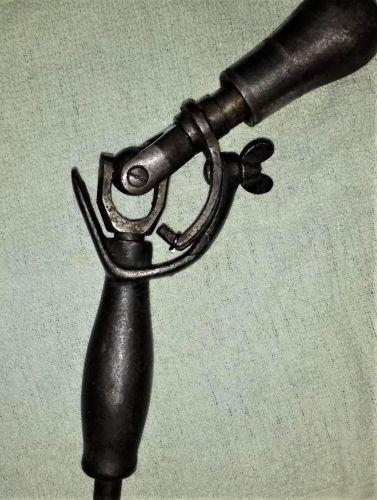 Backus bit brace adapter