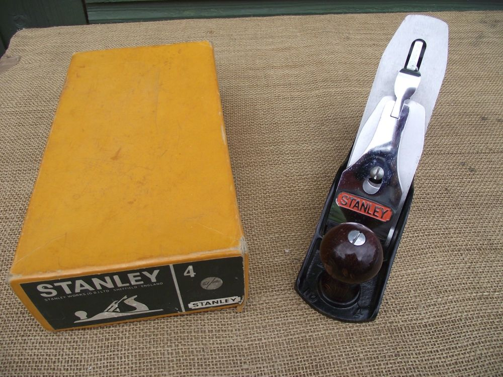Stanley England no 4 plane in box
