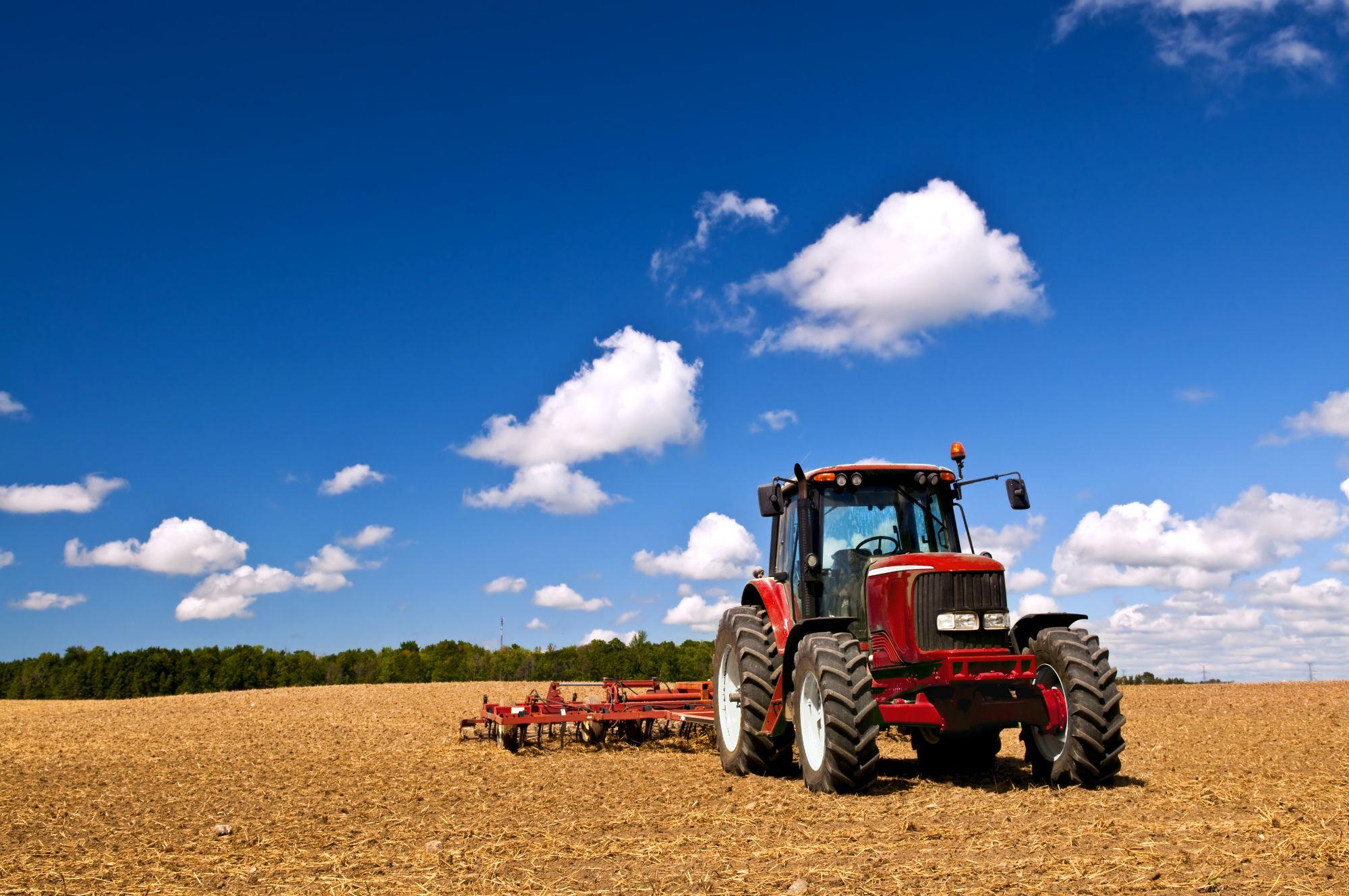 red tractor massey ferguson