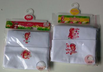 22 Ex Store Strawberry Shortcake 2 pack Vest £1.50