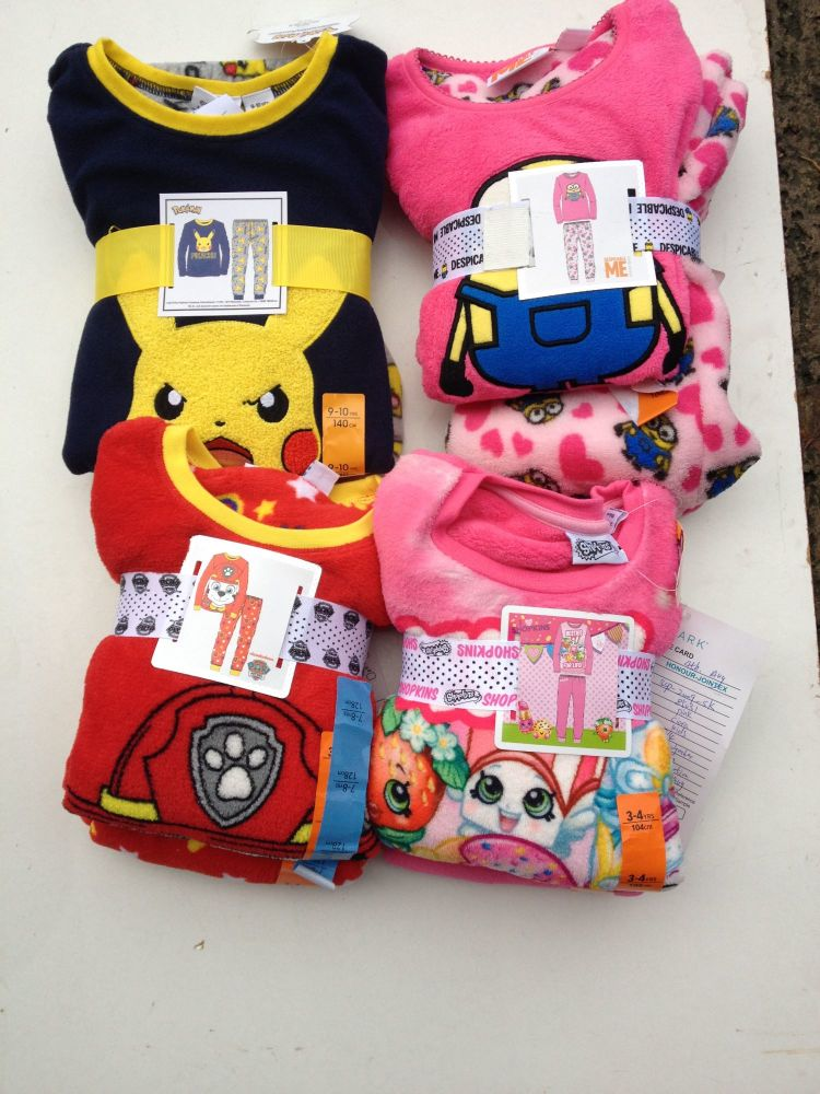 New Product 10 new gift packed fleece character pyjamas boys and girls £3.0