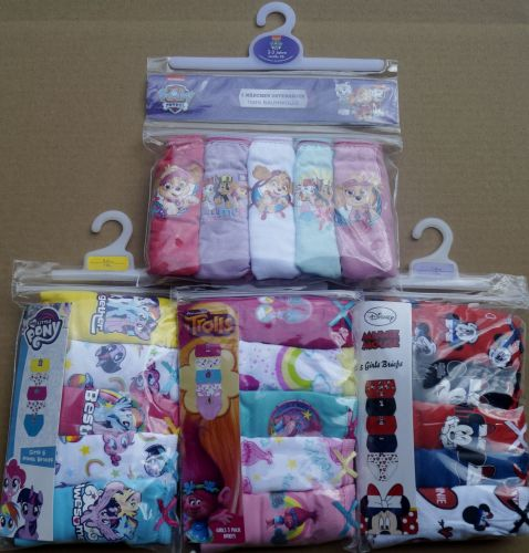 20 girl's 5 pair brief sets just £2.00 a pack