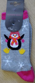 15 ladies penguin christmas socks one size 40p each