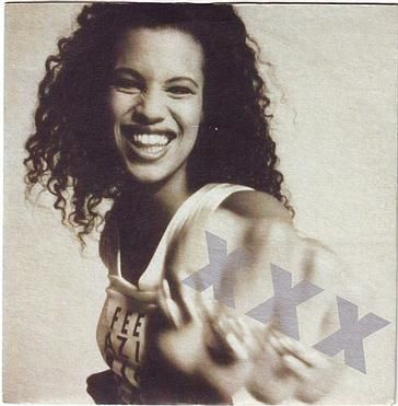 NENEH CHERRY - KISSES ON THE WIND - CIRCA