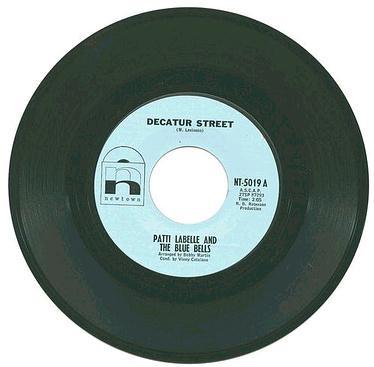 PATTI LABELLE & BLUE BELLS - DECATUR STREET - NEWTOWN