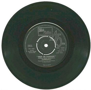 COMMODORES - High On Sunshine - TMG 1034