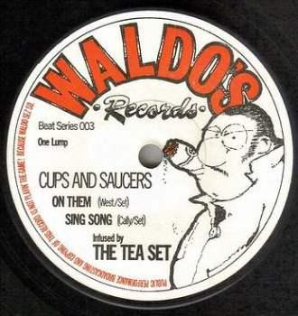 TEA SET - CUPS AND SAUCERS EP - WALDO'S