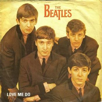 BEATLES - LOVE ME DO - PARLOPHONE
