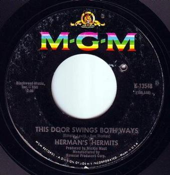HERMANS HERMITS - THIS DOOR SWINGS BOTH WAYS - MGM