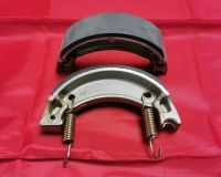 9 & 10. Rear Brake Shoes - Plain - XT225 Serow